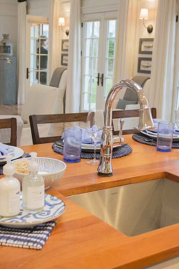 Delta Faucet kitchen fixture in the 2015 HGTV dream home on Martha's Vineyard - Cuckoo4Design
