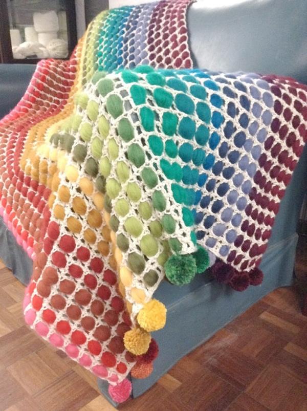 rainbow_pompom_blanket