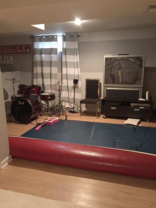 messy_basement3