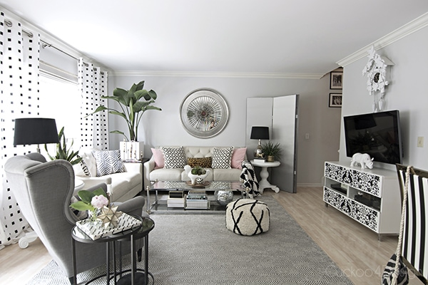 black and white living room with neutral grey walls