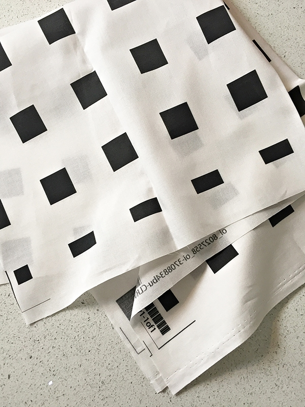 black_square_on white_fabric_2