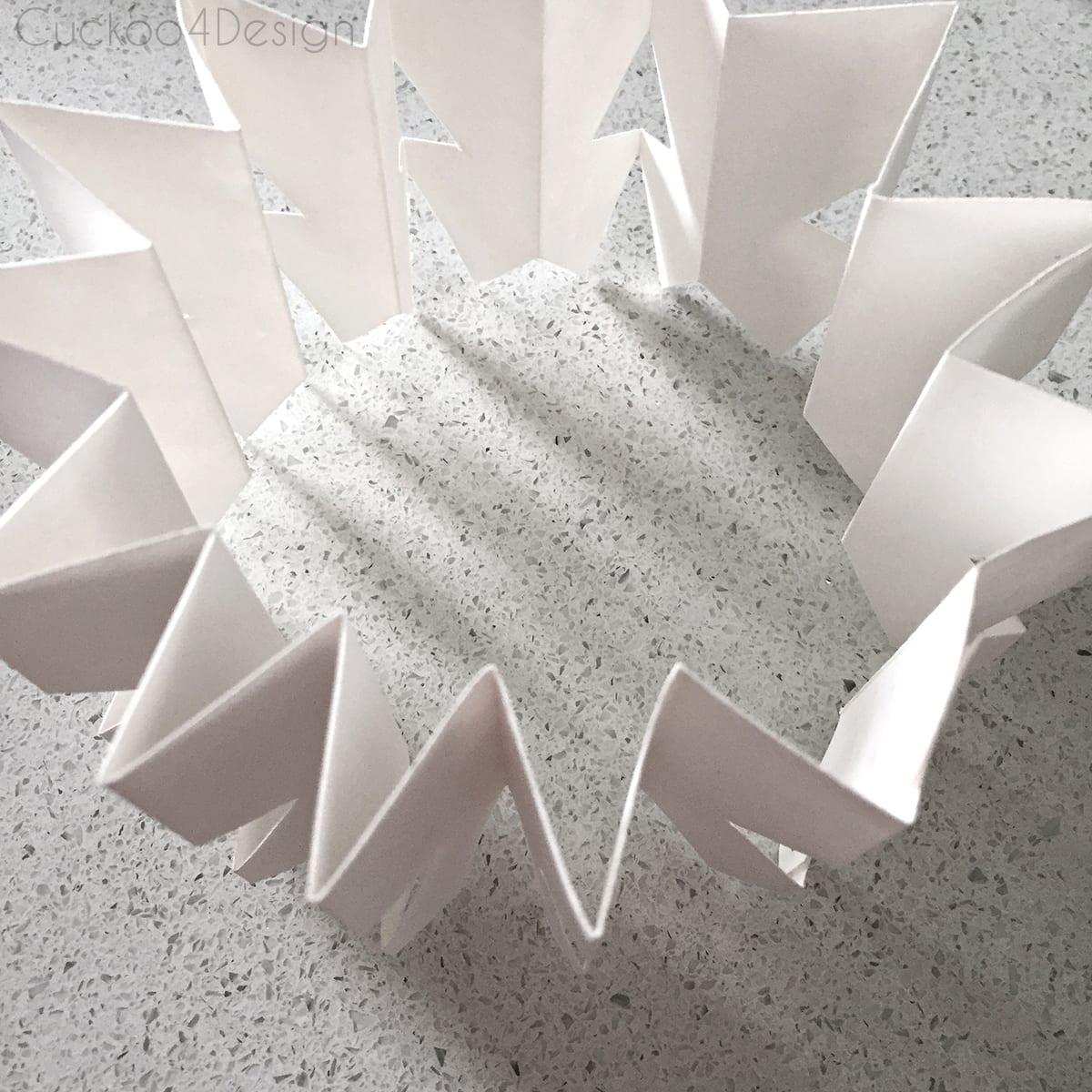 diy_snowflake_ornament_cuckoo4design_9