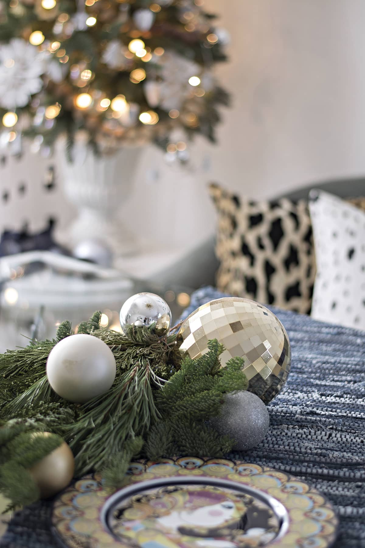 Blogger Stylin Christmas Home Tour