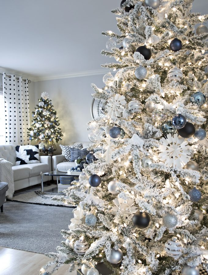 Friday Favorites: My favorite faux Christmas Trees