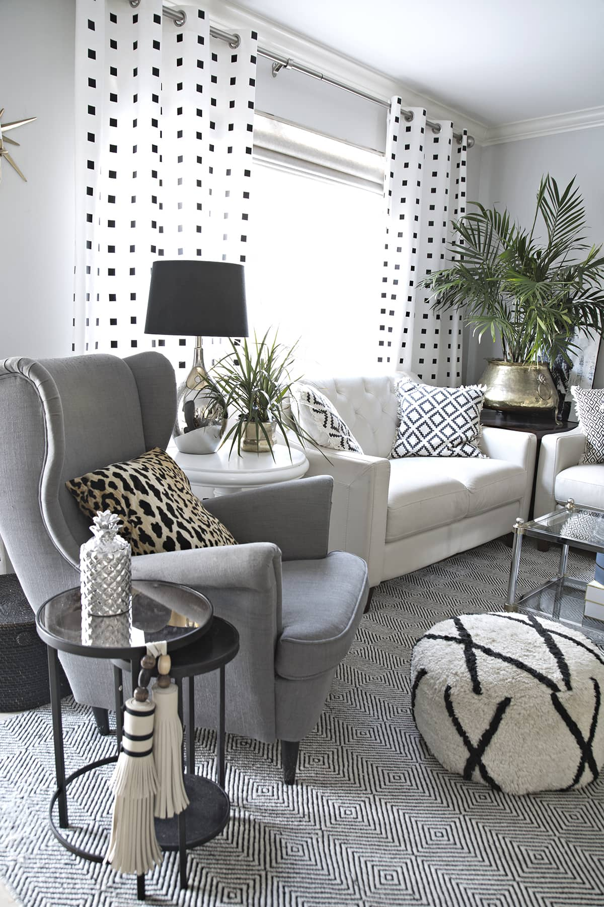 Black White and Grey Living Room Decor